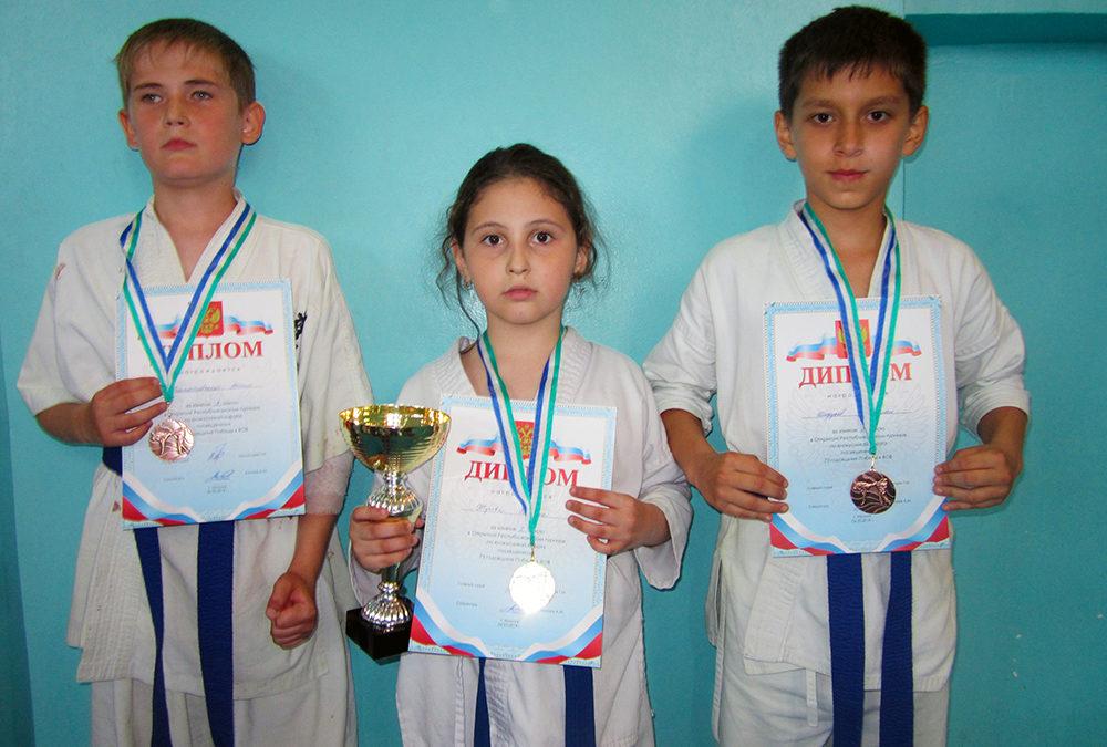 Открытый республиканский турнир среди детей и юношей по Киокусинкай каратэ 2018