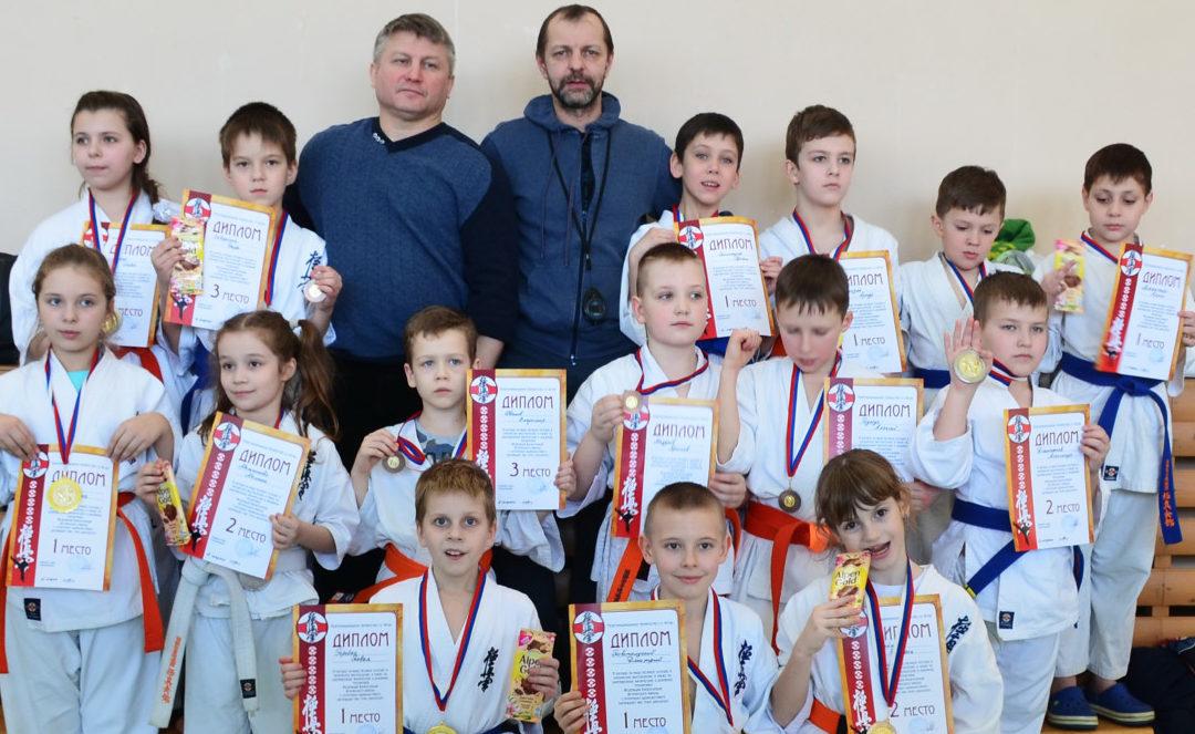 Открытая тренировка по Киокусинкай каратэ для детей 6-11 лет